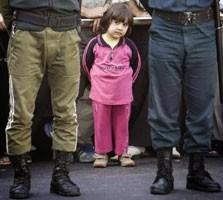 Iran: 7 years-old boy hanged himself emulating public hanging