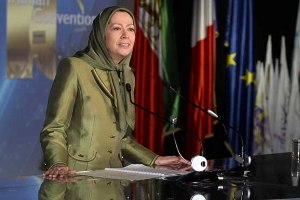 Maryam Rajavi speaking at the first Worldwide Convention of Iranians in Paris-February 2014