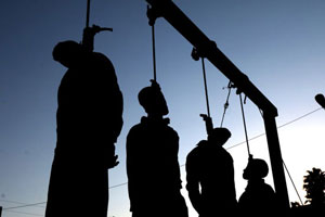 A group of prisoners hanged in public in Shiraz, Sep