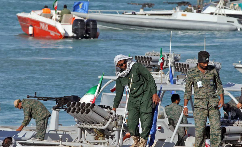 IRGC Threatens to Cut off Key Shipping Lane in Gulf