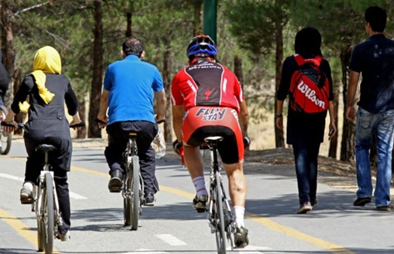 70 Female Cyclists Arrested in Iran