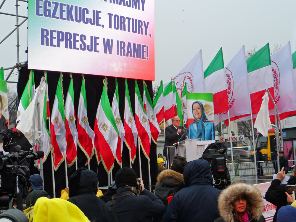 Live Reports: MEK's Free Iran Rally Outside the Warsaw Summit