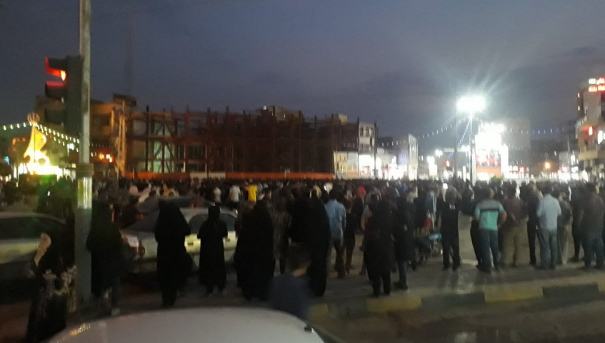 The people of Khorramshahr have taken it to the street to protest hike in gasoline prices