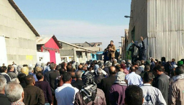 File photo: The Sugarcane factory workers in Haft Tappeh, protesting their unpaid wages and the Iranian regime's repressive measures