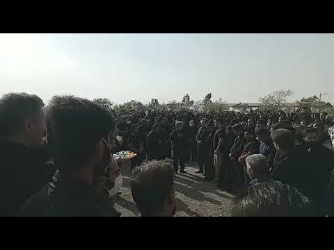 حضور گسترده مردم در مراسم هفتم عباسقلی صالحی در یزدانشهر اصفهان- ۱۵مهر