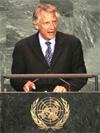 France threatens Iran with U.N. referral
