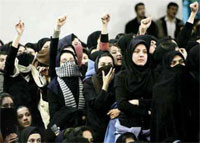 """Iran: chants of """"Death to dictator"""" rises from Enghelab and Vali Asr squares inTehran"""