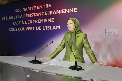 Maryam Rajavi welcomes French mayors to solidarity feast with Iranian Resistance
