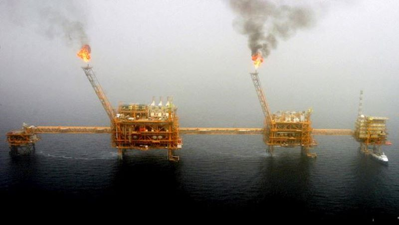 Decrease of Oil Production and Revenues: A Crushing Blow to Iran's Regime Amid Coronavirus Outbreak