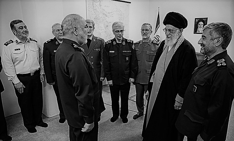 "Corruption in the ""Islamic Republic of Iran,"" or rather a ""Republic of Sultans"" (1)"