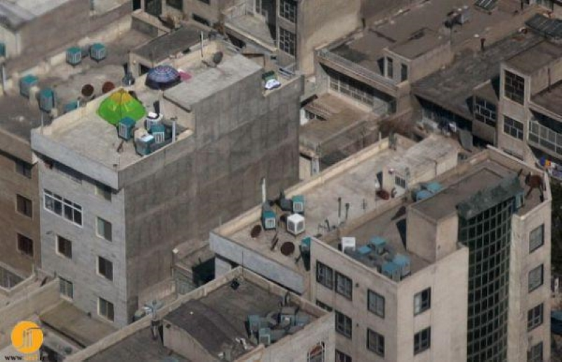 Another shocking aspect of Iran people's poverty: Living on rooftops