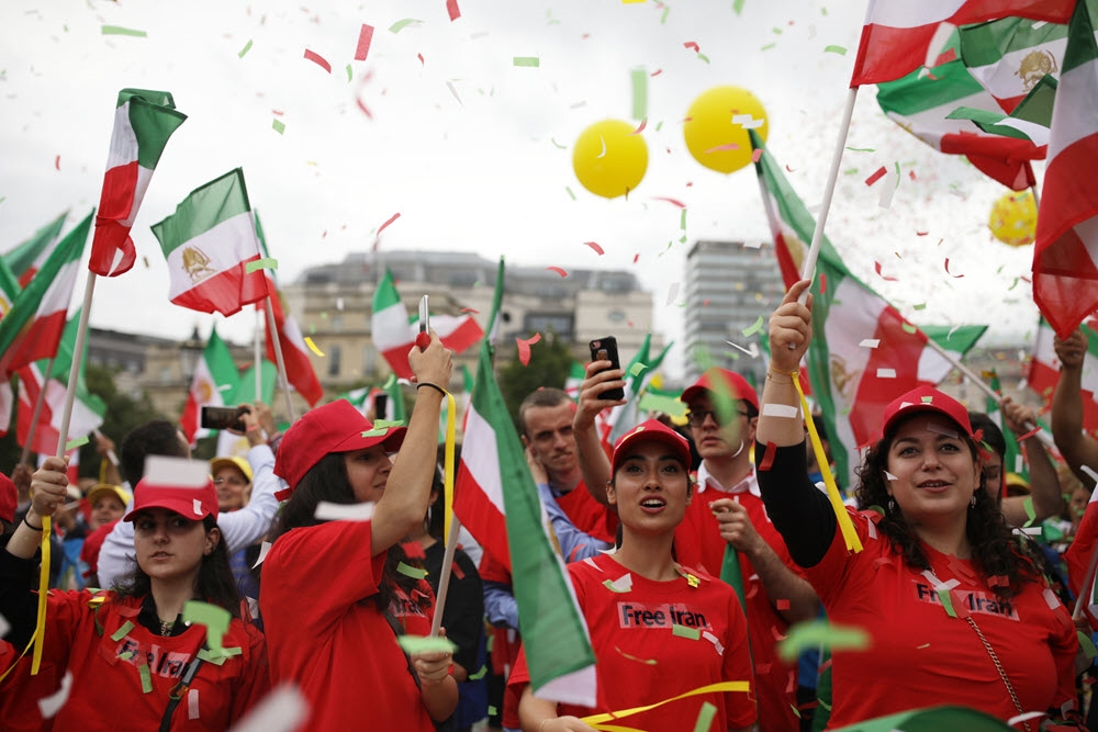 Iran: Despite Successful Legal Challenges, Disinformation Persists About the MEK