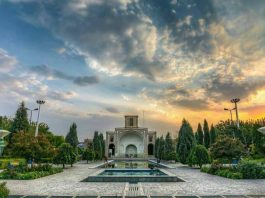 Naaji Garden in Yazd, the capital of Yazd Province in Iran. Yazd it is currently the 15th largest city in Iran. The coronavirus in Yazd Province has reached 1,761