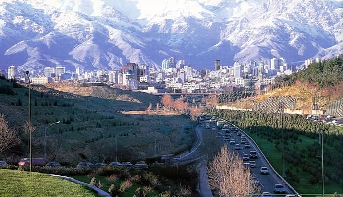 Shemiran is the capital of Shemiranat County in Tehran Province (Iran) and lies in the slopes of Alborz Mountain. Since the outbreak of the corona pandemic, Tehran has Iran's highest death toll with about 31,000 fatalities