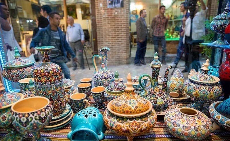 A bazar in Taleqan city in Alborz Province, Iran. Alborz Province Deputy Governor said yesterday that more than 1000 people have died due to Coronavirus in the Province, since September 22. MEK sources report that the total Coronavirus death toll in Alborz Province has reached 4,490