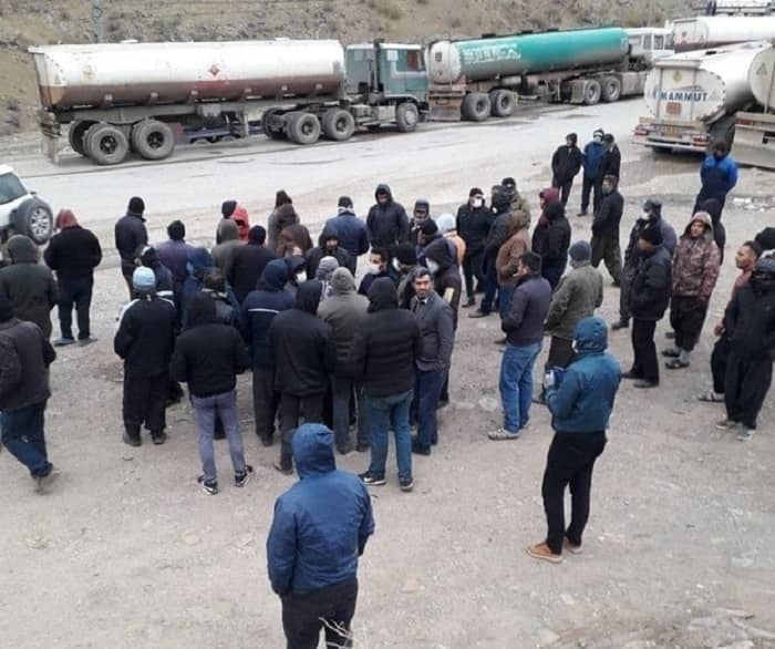 Fuel tanker drivers protest in Choman, Iran