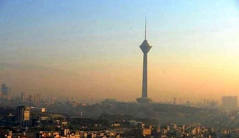 """Tahran, ibu kota Iran - Kementerian Kesehatan Iran: Jika tindakan serius tidak diambil untuk mengurangi polusi udara, akan """"insiden yang tidak menguntungkan"""" di Teheran"""
