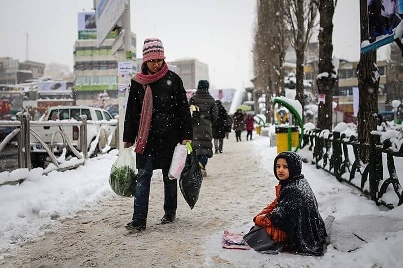 More than 90 percent of Iran's labor community are in total poverty. The poverty line for a family of four in Iran has reached 100 million rials per month, but most workers earn no more than 30 million rials per month, a third of the minimum they need for living.
