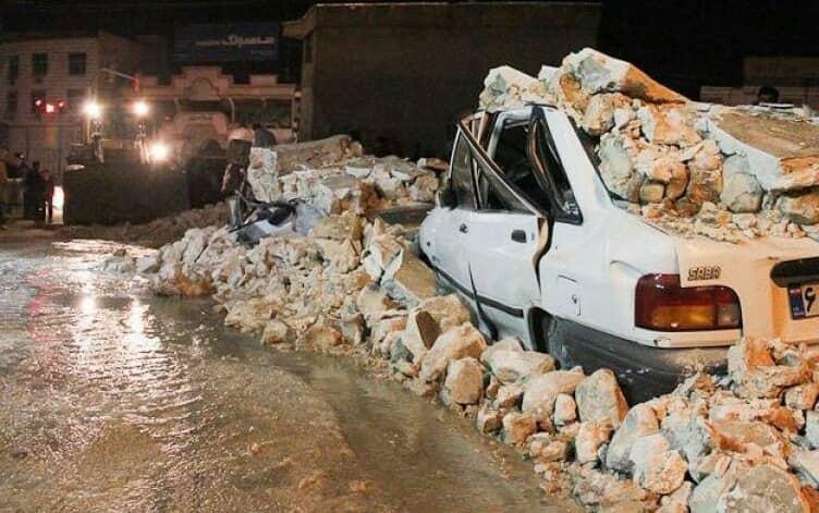Gempa bumi mengguncang kota barat daya Sisakht dan desa-desa sekitarnya pada malam 17 Februari. Kantor berita pemerintah mengumumkan 64 orang luka-luka kemarin, 25 di antaranya dipindahkan ke rumah sakit. Gempa mempengaruhi diameter 10 km dari pusat gempa.