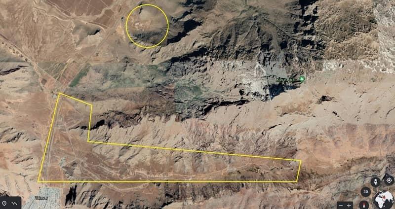 Citra satelit menampilkan geografi umum fasilitas peluncuran rudal IRGC Konesht, dan kompleks baru, di utara, dan timur laut Kota Kermanshah