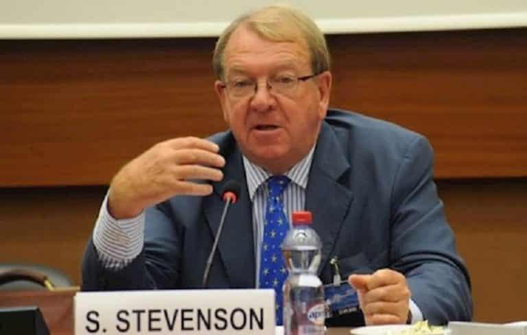 Struan Stevenson: EU Should Back Iran People's Struggle for Freedom