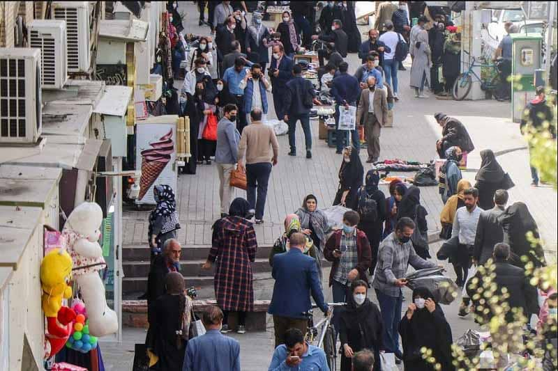 Iran bazaar full packed during Covid-19 fourth wave