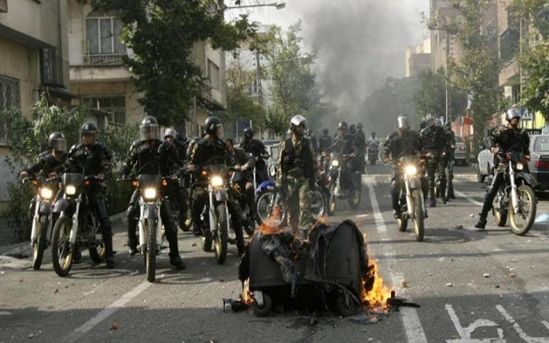 Iran-police-force-motorbike