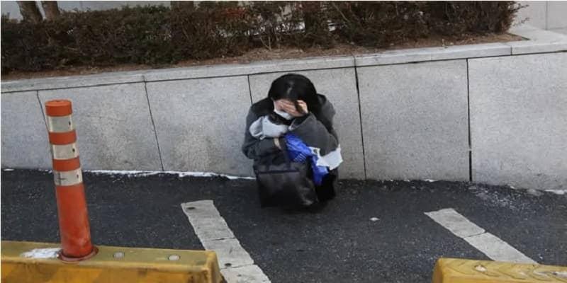 Iran-suicides-girl-depressed2