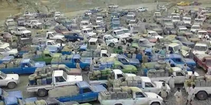 fuel-carriers-traffic-saravan-border