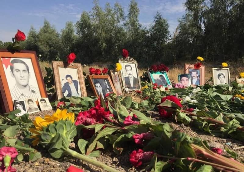 iran-khavaran-pemakaman