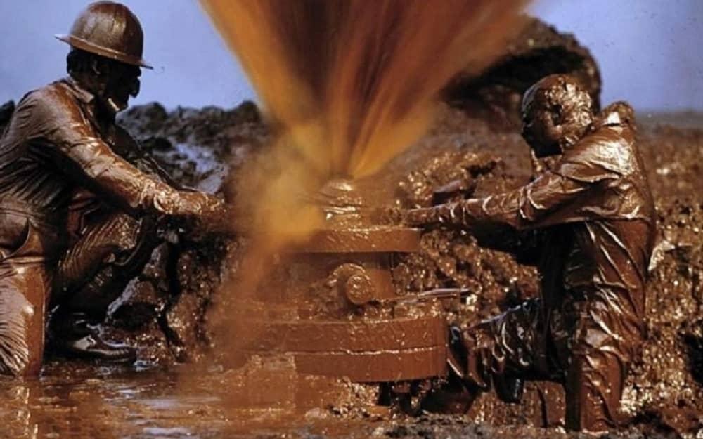 Iran-pekerja minyak (1)