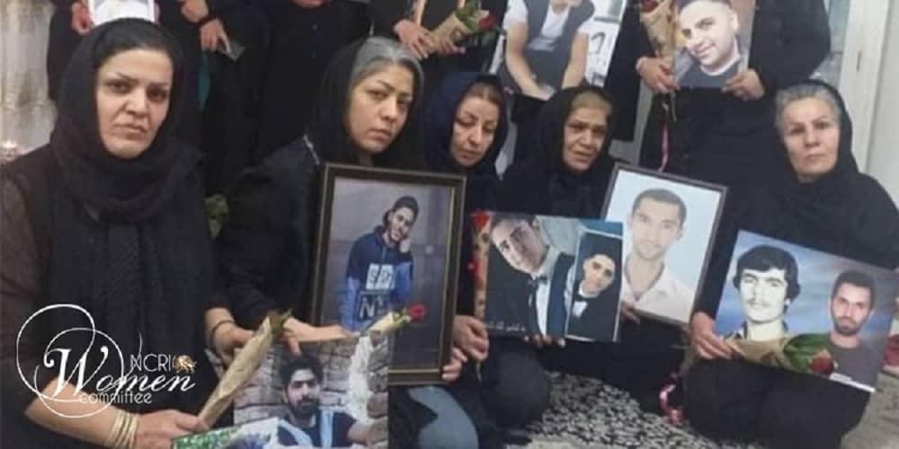Ibu-dari-korban-Nov.-2019-protes-min