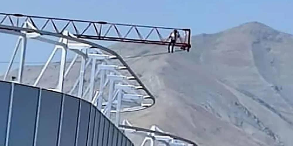 pekerja-di-Teheran-percobaan-bunuh diri-karena-penundaan-upah