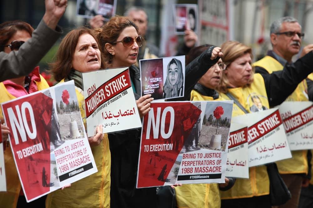 Calls for International Pressure on Iran
