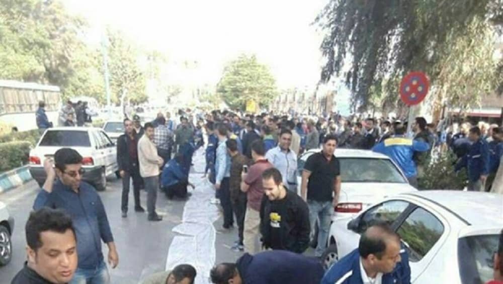 Steel-factory-workers-protesting-Khuzestan