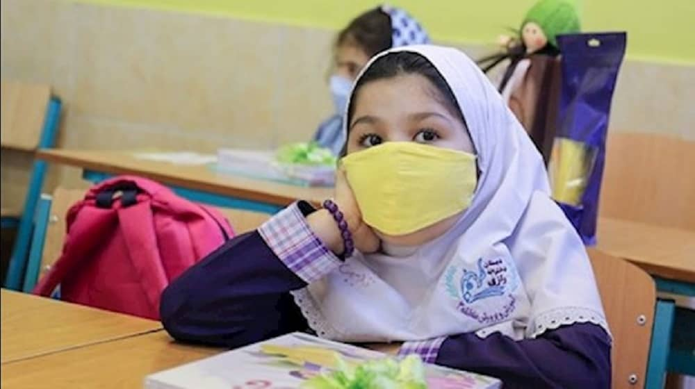 Students across Iran are told to return to school despite a surge in coronavirus numbers