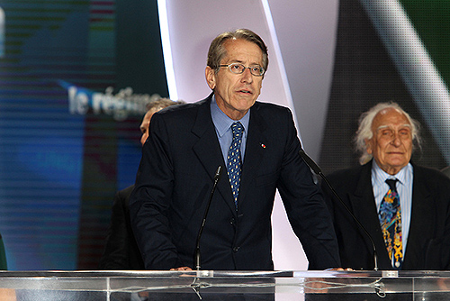 Former Italian foreign minister Giulio Terzi and hon. Marco Pannella on the stage in major Iran Freedom rally in Paris on June 13, 2015