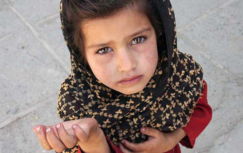 iran-Poverty-Child-Tehran