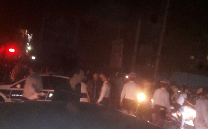 Iran: Night rallies in Tehran with slogans of Death to the Dictator