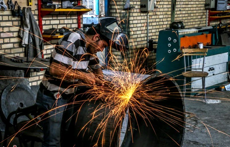 Iran Economy in Free Fall, Disastrous Situation of Workers