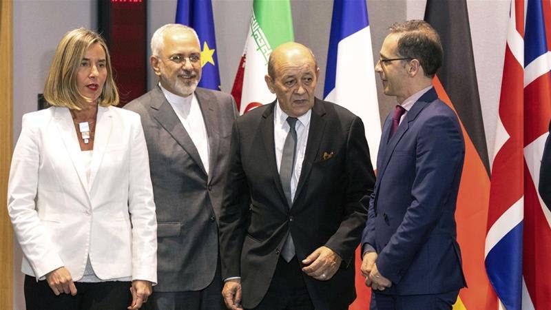 Bury Heads in Sand Over Iranian Uprising