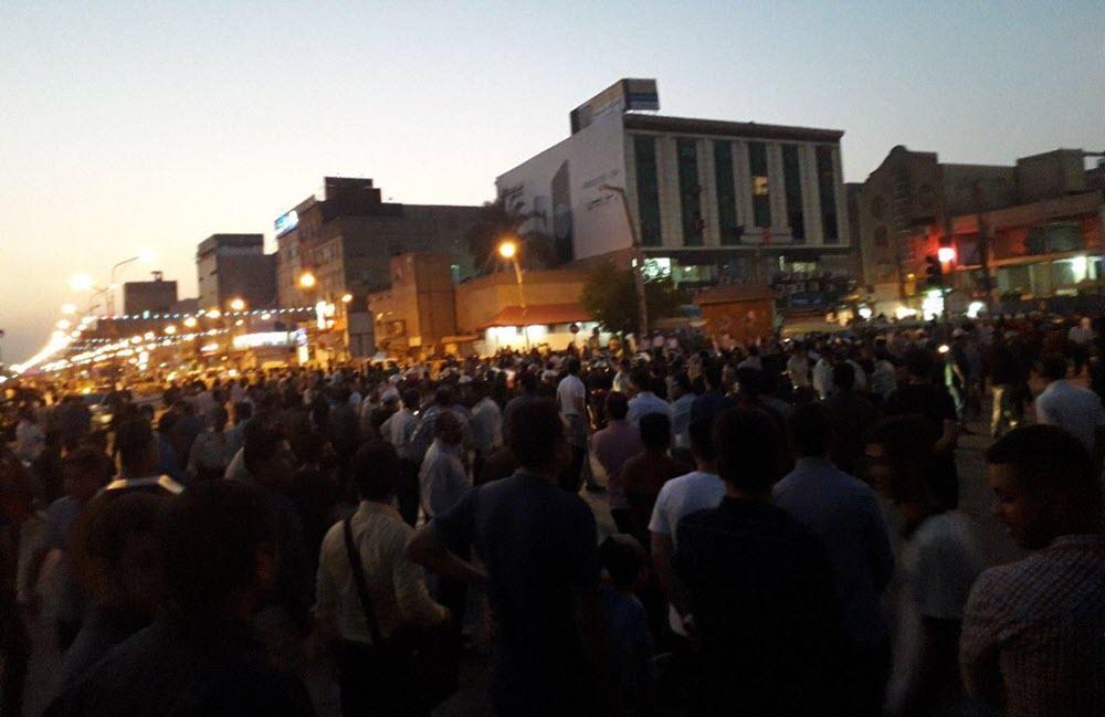 Iran: Protests Spread to Tehran, Ahvaz, Arak, Karaj and Other Cities