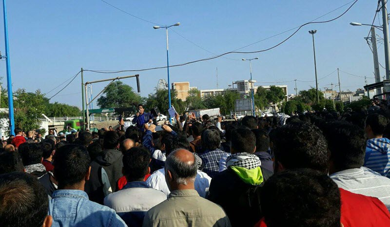 The protesting workers of Iran's main Sugar Cane Mill interrupted state Friday prayers