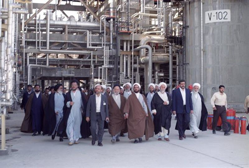 Iran Regime MP: 1,800 Religious Scholars, Preachers Hold Posts in Oil Ministry