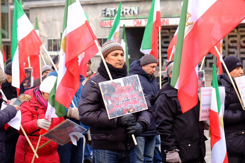Regime Terrified of MEK, Admits Friday Prayer Leader