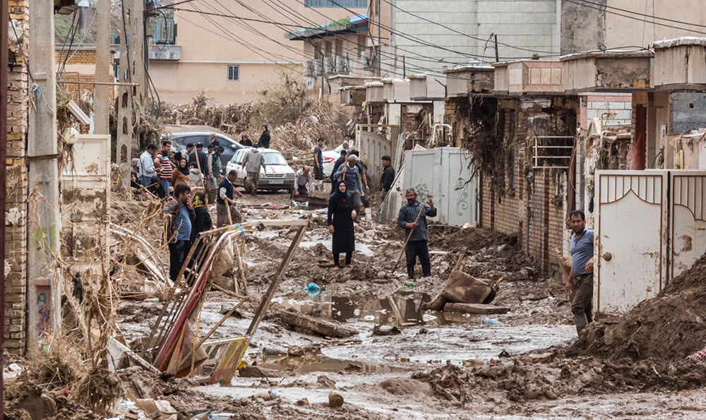Iran Regime's Passes Buck in Face of Flooding Crisis