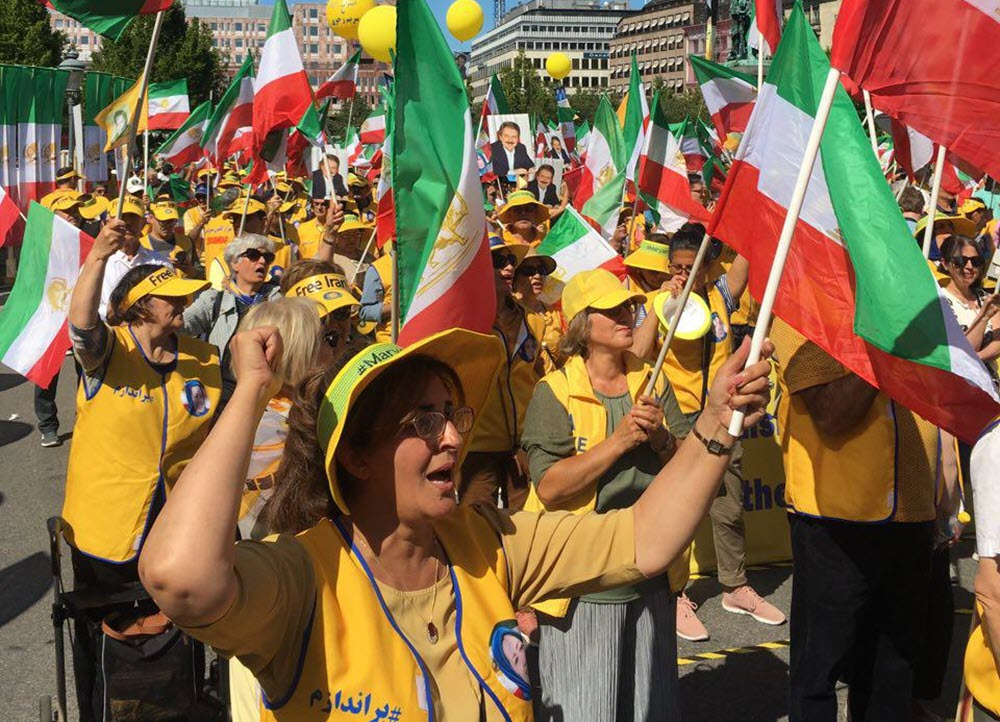 Thousands of MEK supporters in Sweden urge EU to cut ties with Iran's regime