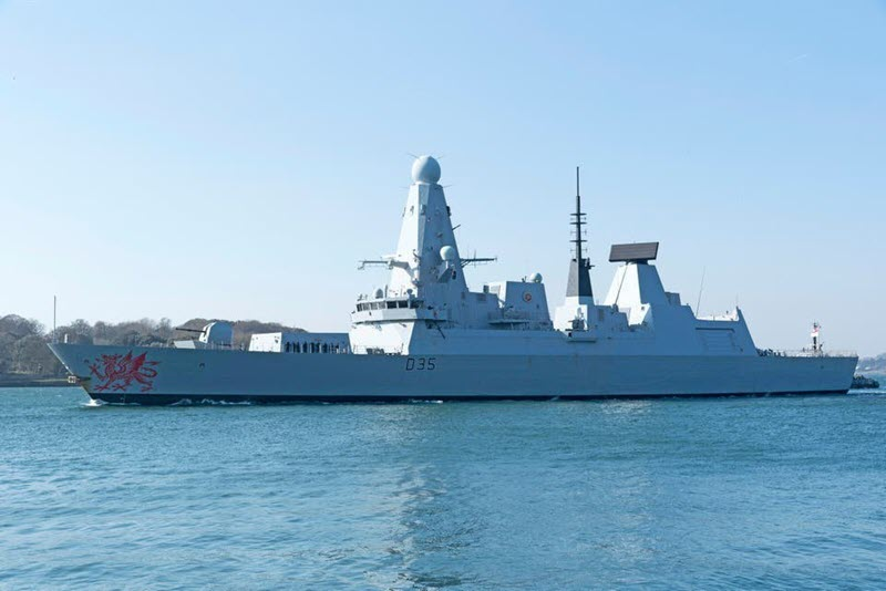 UK Warship Placed on High Alert After Iranian 'Bomb Boat' Spotted in Its Path