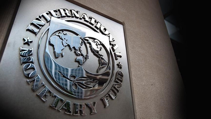 IMF: The Iranian regime would need oil priced at $194.60 a barrel to balance its budget next year