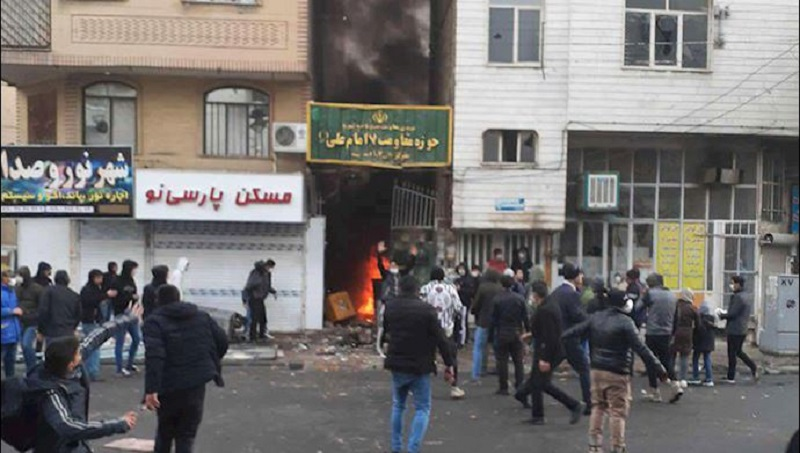 Intelligence Agents Remove Bodies of Those Killed in Iran Protests From Morgues